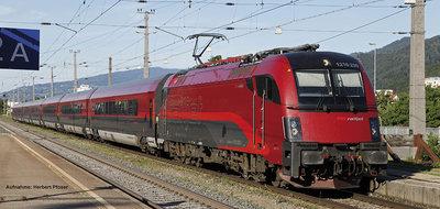 ~Zugset Railjet Rh1216 + 3 Wagen ÖBB V