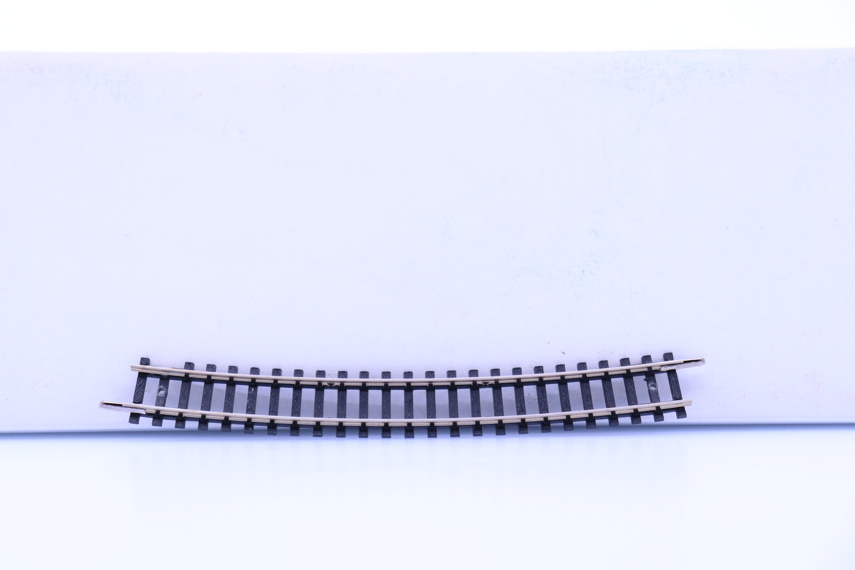 Minitrix 4918 N gebogen rails R5