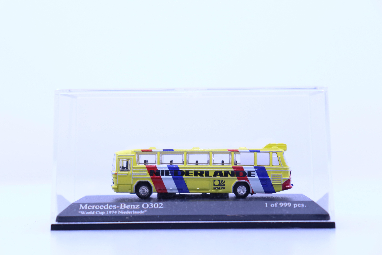 """Minichamps 169 035188 N Mercedes-Benz O302 """"Niederlande"""" gelimiteerde uitgave 999 stuks"""
