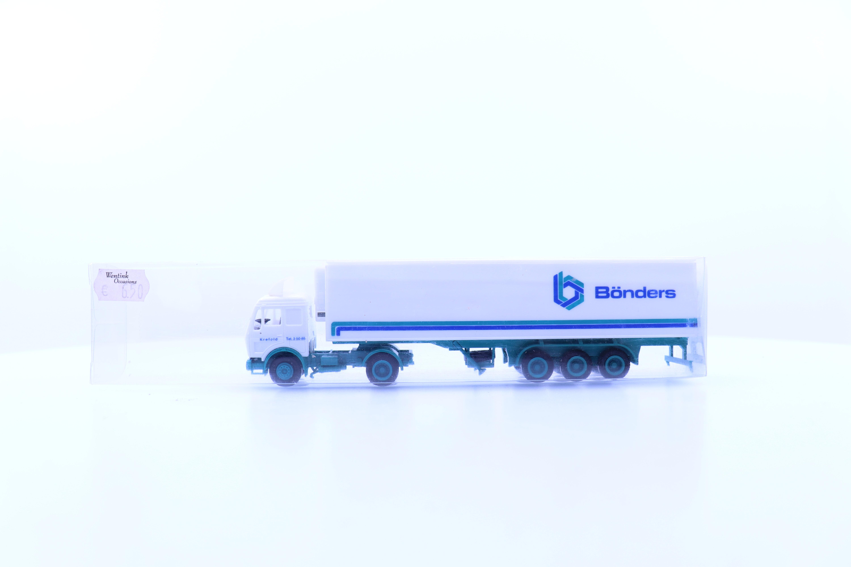 """vrachtwagen met oplegger """"bonders"""""""
