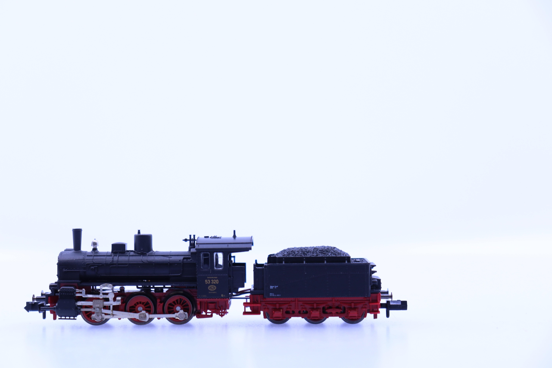 minitrix N stoom locomotief met tender