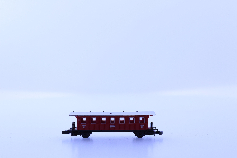 marklin Z passagier wagon rood