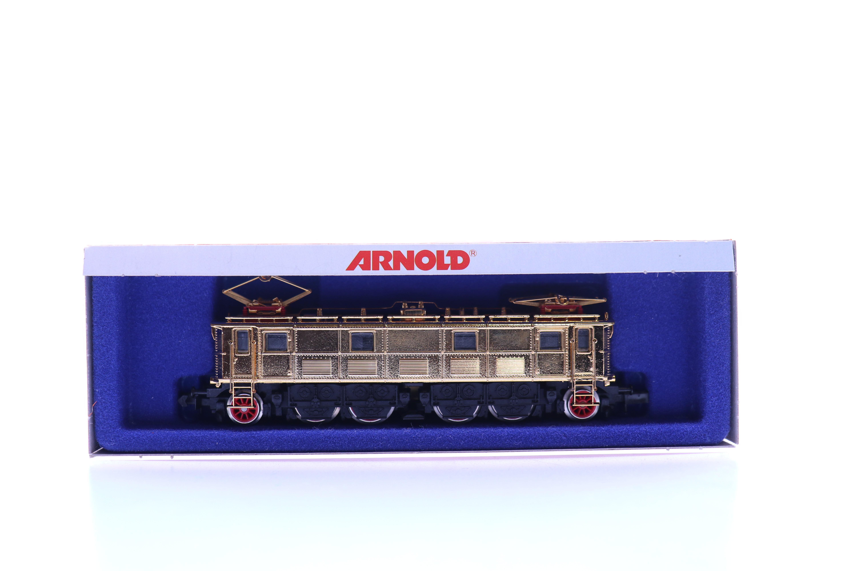 arnold 2714 N 24 karaats vergulde electrische dummy locomotief DRG